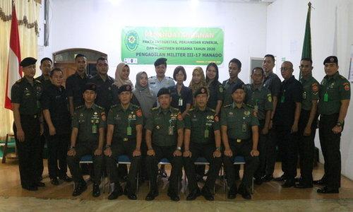 Penandatanganan Pakta Integritas,Perjanjian Kinerja dan Komitmen Bersama Pengadilan Militer III-17 MANADO
