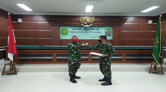 Acara Pelepasan Wakadilmil III-17 Manado
